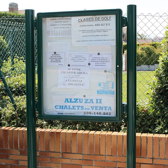 Post Mounted Poster Case 2000 External Notice Board