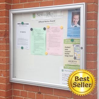 Tradition 30 Wall Mounted External Notice Board